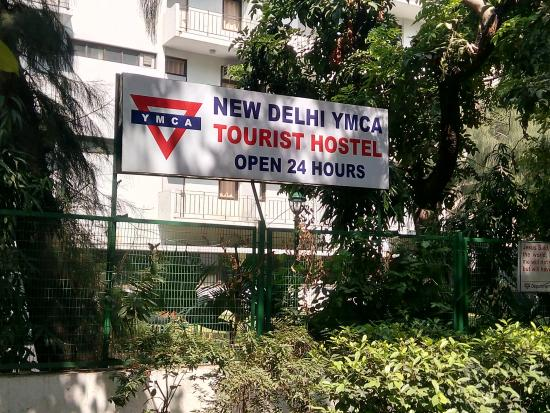 CHEAP HOSTELS IN DELHI FOR A BACKPACKER'S SHOESTRING BUDGET