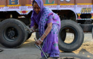INDIA'S ONLY LADY TRUCK MECHANIC