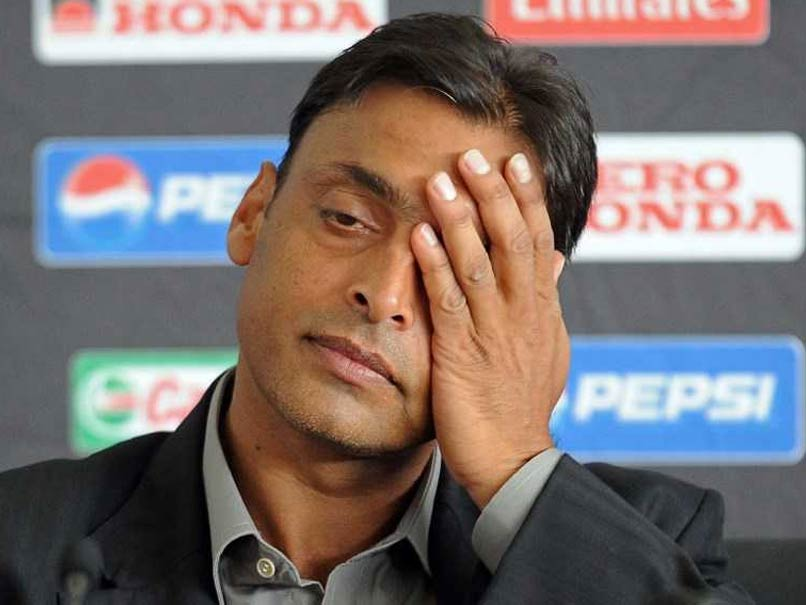 SHOAIB AKHTAR GETS TROLLED AFTER TWEETING ABOUT THE 'PITCH-TAMPERING' SCANDAL