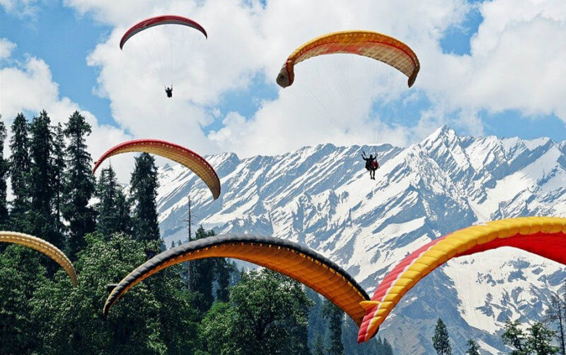 Paragliding Solang Valley