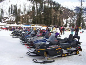 Snowmobiling Solang Valley