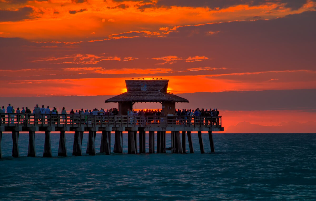 Sunsets in Naples Pier