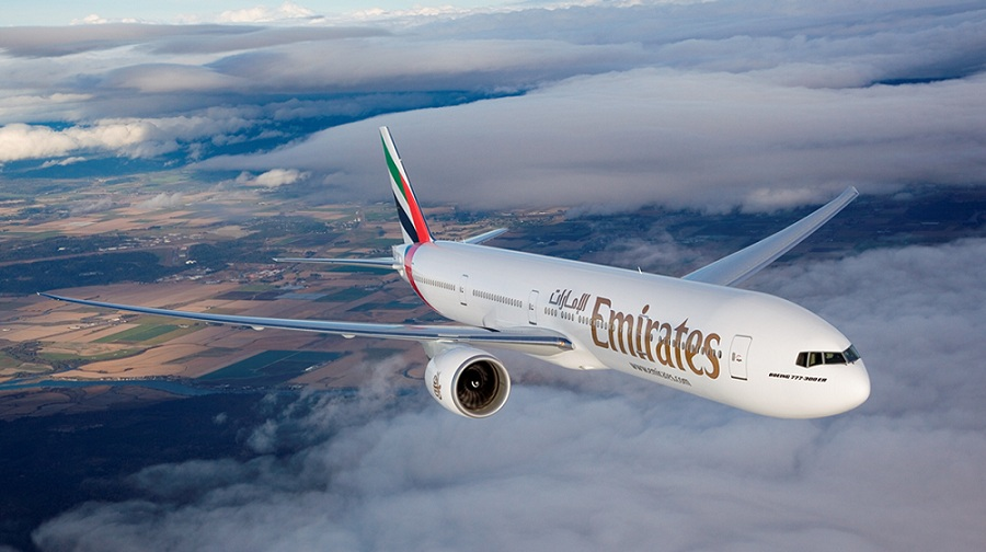 Does Emirates Airlines Serves Alcohol in Economy Class?