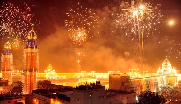 Here's How Diwali is Celebrated All Around the World!
