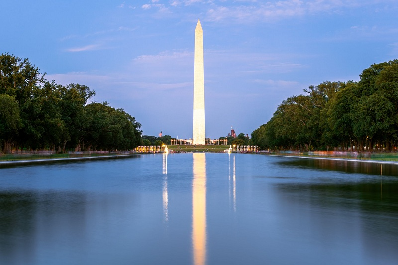 10 Must-Visit Monuments and Memorials in Washington DC