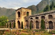 Stroll through Pari Mahal in Srinagar: The Splendid Seven-terraced Mughal Garden on Top of a Hill!