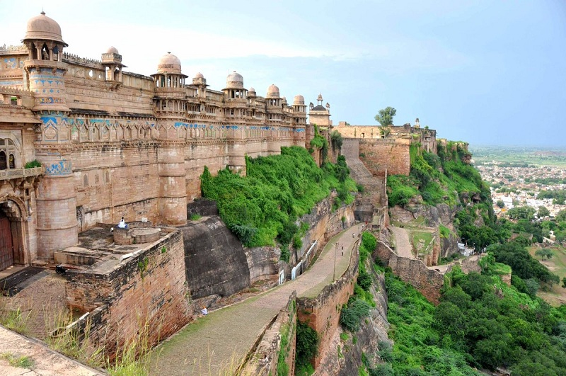 8 Fabulous Honeymoon Places in Madhya Pradesh