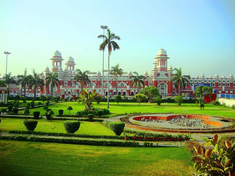 Places to visit near Lucknow