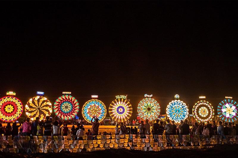 Pampangas-Giant-Lantern-Festival